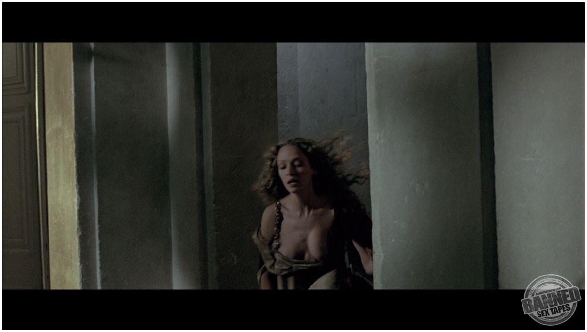 buyuk klitorisli bayan porno video